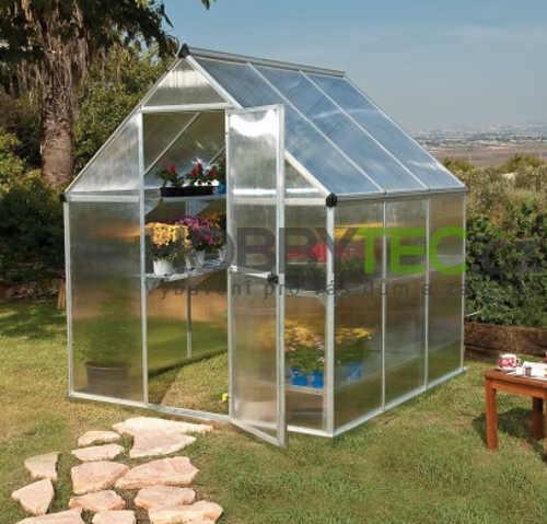 Polykarbonátový skleník s dlouhou životností