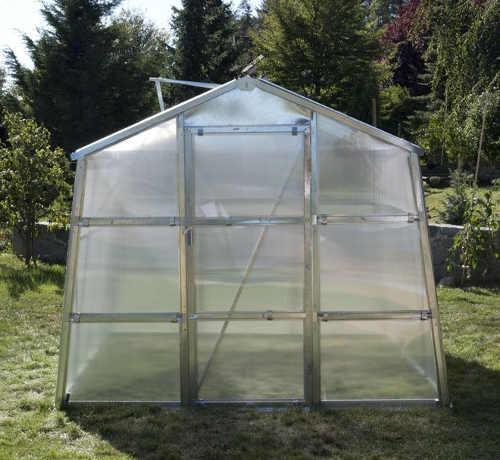 Zahradní skleník z kvalitního dutinkového polykarbonátu