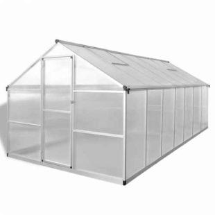 Hliníkový skleník s polykarbonátovým zastřešením