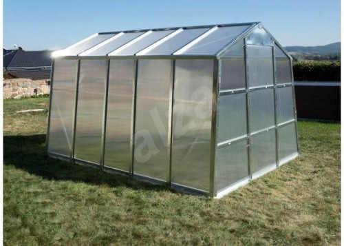 Zahradní skleník pro vášnivé pěstitele