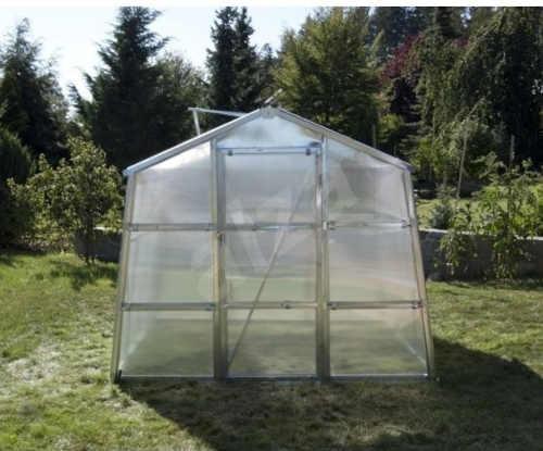kvalitní polykarbonátový skleník do zahrady