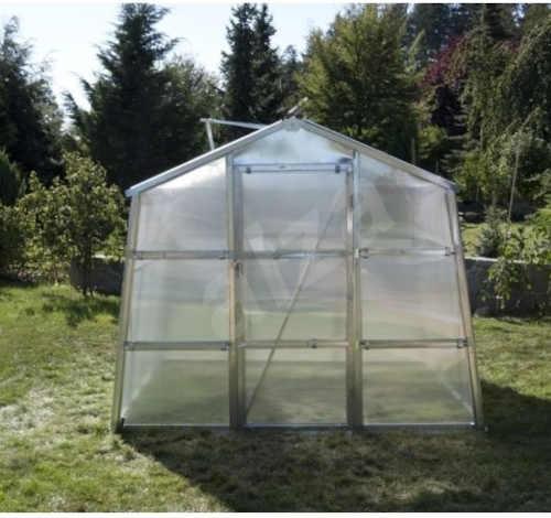 praktický zahradní polykarbonátový skleník
