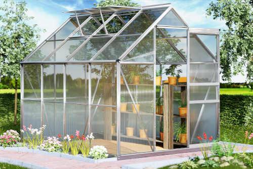 skleník se základnou z hliníku a polykarbonátu