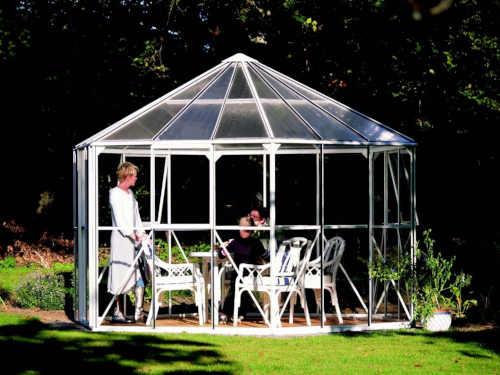 zahradní pavilon z kvalitního skla
