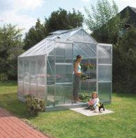 Polykarbonátový skleník ve stříbrném provedení