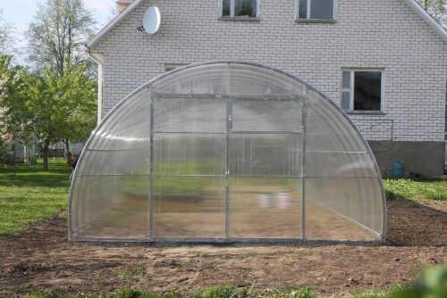 obloukový skleník dekorhomě 4x4
