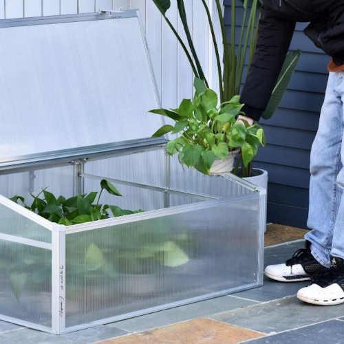 praktický skleník do každého prostoru