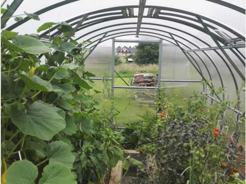 zahradní obloukový skleník Gardentec